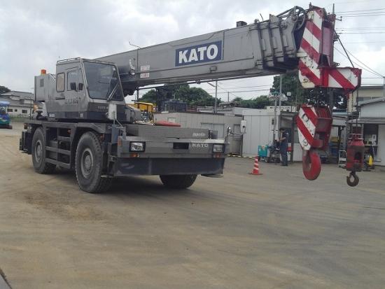 Bán cần cẩu bánh lốp Kato 35 tấn năm 1990